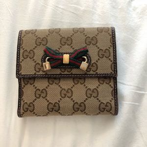 Authentic Preloved Gucci Wallet